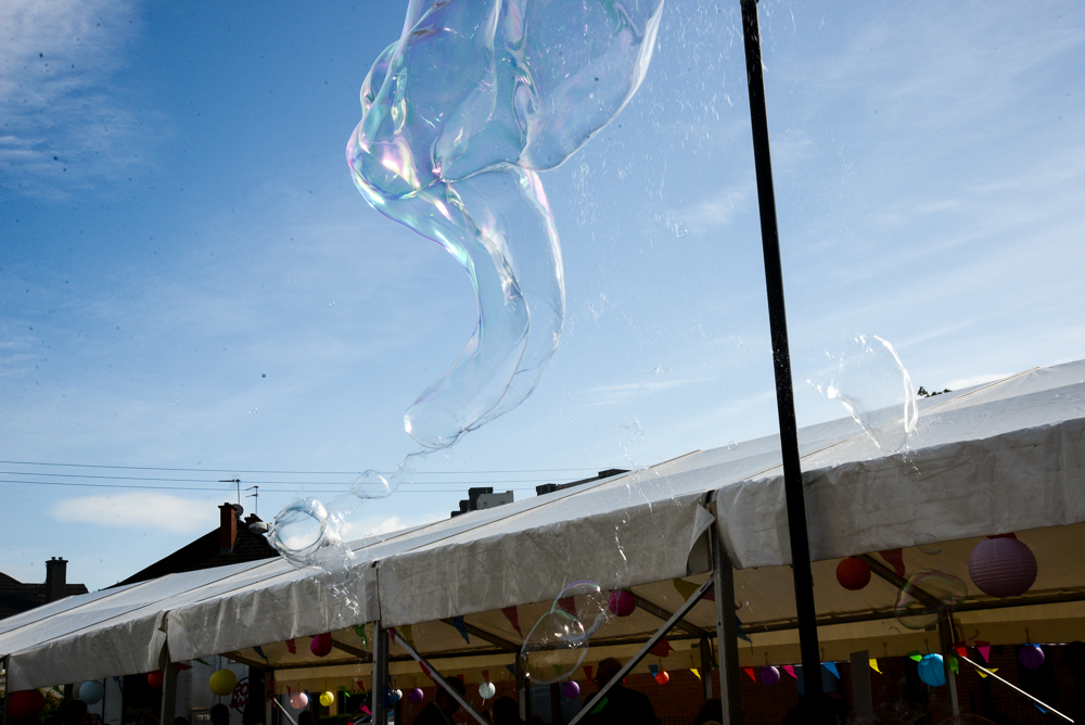 Still of giant bubbles